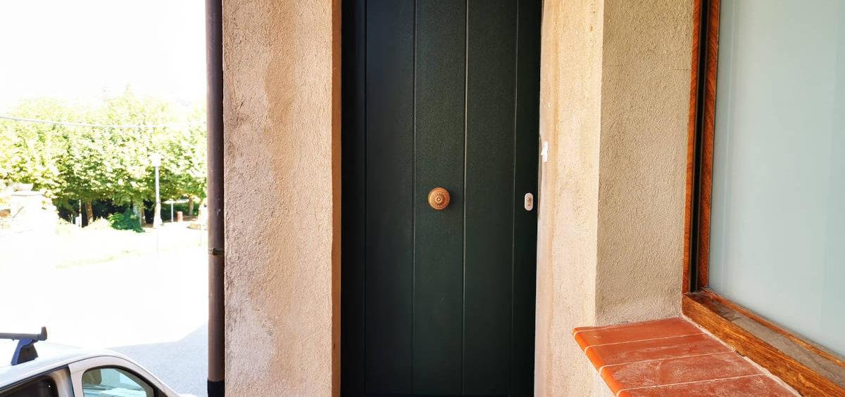 Porta PVC verda